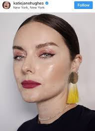 the next look i want to share is of actress kate bosworth she looks so pretty with this pink blush look and her red lipstick do you think dark red is too