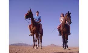رحلة للرومانسية في الصحراي لركوب الخيل واحلي خيمة بدوية