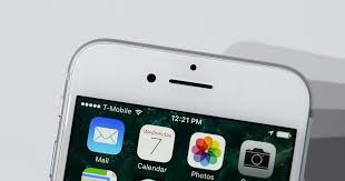 Apple iPhone 7 sets sales records, carriers say - CNET