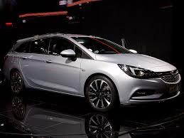 Ll einen opel astra kombi günstig kaufen? Opel Astra Sports Tourer St 1 5 Diesel 77kw Business Elegance Restart Auto