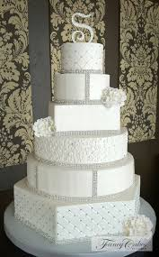 Stunning Pearly White Wedding Cake With Crystals Wedding Pins
