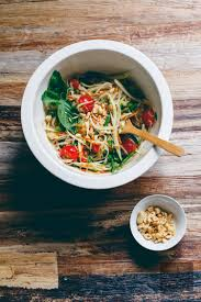 thai green papaya salad som tam ส้มตำ vegan miam thai green papaya salad