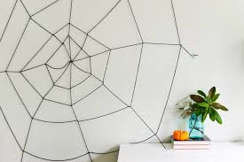 How To Make A Giant Spider Web Easy Diy Halloween Yarn Spider Web