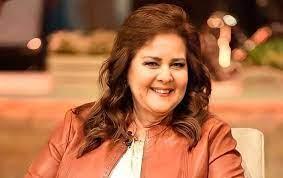 عمرو سعد يكشف التطورات الصحية للفنانة دلال عبد العزيز - صحيفة الاتحاد