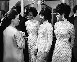 Изучайте релизы the supremes на discogs. Supremes Style And Why A Sequin Gown Became A Suit Of Armour Financial Times