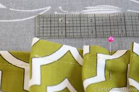 How to make pleats in a table skirt