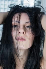 Rafaella Fenest AREOE
