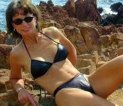 Mature milf bikini thong nude