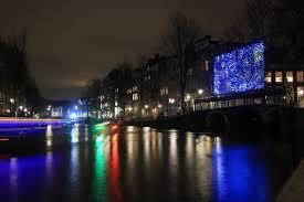 Van Gogh Museum Amsterdam Light Show Van Goghs Starry Night Illuminates An Amsterdam Bridge