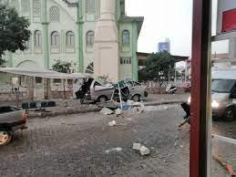 Nazilli'de cami minaresi aracın üstüne yıkıldı - Aydın Haberleri - Aydın  Ses Gazetesi