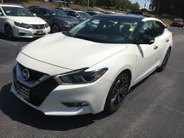 2017 Nissan Maxima Platinum Accent Lighting 2017 Nissan Maxima Platinum With The Hard To Find Medallion