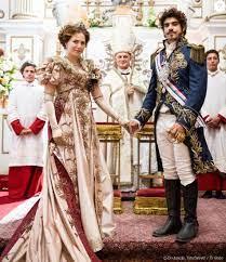 Leopoldina (Letícia Colin) se casa com Dom Pedro (Caio Castro) no capítulo  previsto para ir ao ar nesta quinta-feira, dia 30 de março de 2017, na  novela 'Novo M - Purepeople