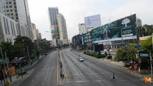 ประมวลภาพ] กรุงเทพถนนโล่ง หลังคนแห่เดินทางออกต่างจังหวัด