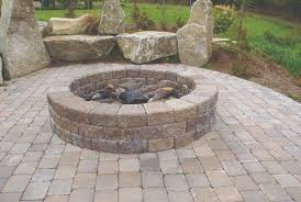 Backyard Retaining Wall Designs Mesmerizing MUTUAL MATERIALS RETAINING WALLS Pavingstone Supply Pavingstone