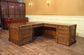 high quality walnut return desk traditional style perfect for the executive home office