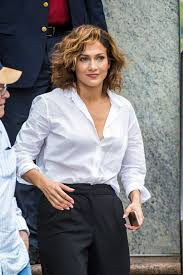 Jennifer Lopez New Hair Style take a closer look at jennifer lopezs short haircut glamour 5545 by stevesalt.us