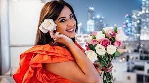 خرابيش الفن - أول رسالة من ياسمين عبد العزيز إلى جمهورها بعد أزمتها الصحية:  شفت الموت - خرابيش نيوز