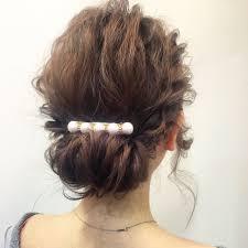 結婚式のヘアセットは自分でハーフアップの簡単セルフアレンジ集