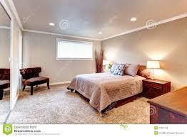 Schlafzimmer Teppich Braun Wohndesign