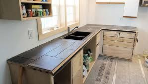 installing a tile countertop