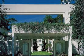 Famous architectural houses Circular John C Portman Jr Became Very Rich Person Due To The Creation Of Dozens Hotels And Office Buildings Around The World The Most Famous Creation Is The Welcome Into The Private House Of One Of Americas Most Famous