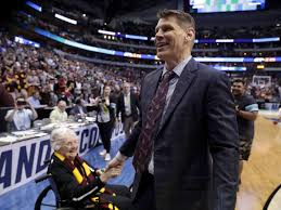Loyola coach Porter Moser deeply tied to hometown Naperville | College |  pantagraph.com