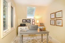 Now here's Kristin to show you her awesome budget-friendly home office  makeover!