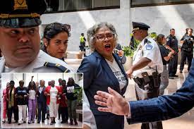 Rep. Joyce Beatty detained during ...