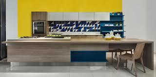 No entanto, nada te impede de inovar ou fazer um projeto mais personalizado, com a cor que você desejar. Prateleira Ou Armario Qual Opcao E Melhor Para A Cozinha Lider Interiores