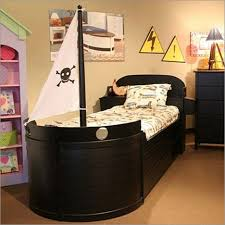 Pirate Accessories For Bedroom Bedroom Cool Kids Boys Pirate Bedroom Idea With Brown Wooden Ship