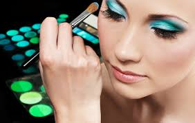 significance of learning the art of makeup