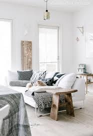 White sofa / Scandinavian interior / living room / fairy lights
