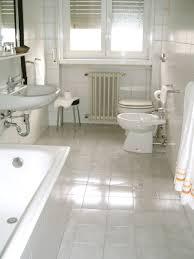easy bathroom cleaning