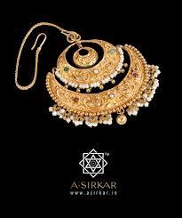 Gold Cheek Necklace Design
