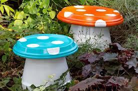garden crafts. DIY Garden Mushrooms Crafts