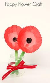 Make A Paper Poppy Flower Poppy Flower Craft Make And Takes