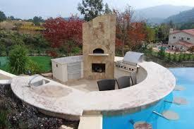 22 Breathtaking Pool Side Bar Ideas