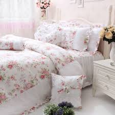 Shabby Chic Girls Bedroom Floral Shabby Chic Bedding In The Girl Bedroom Shabby Chic