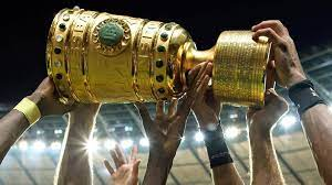 The dfb pokal bremer sv vs bayern munich match will kick off at 2:15 pm est. Dfb Pokal Der Fc Bayern Muss Nach Monchengladbach Dfb Pokal Fussball Sportschau De