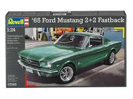 Ford Mustang 2+2 Fastback 1965 - Revell | Car-model-kit.com