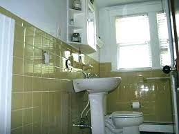 can you paint over bathroom tile walls painting over tile in bathroom can you paint over can you paint over bathroom tile