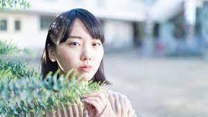 藤原 麻 里奈