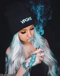 Baddie Wallpaper Smoke / Smoking Girl ...