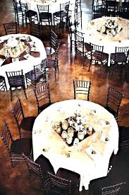 60 inch round table seats how many burlap tablecloth for dining