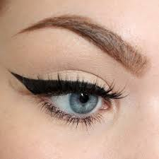 natural makeup for pretty eyes every day