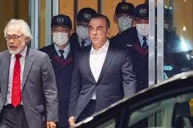 المتهم بمساعدة كارلوس غصن على الفرار من اليابان يعرب عن ندمه في المحكمة