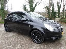 2010 reg 72000 miles manual 1229cc petrol 3 door hatchback black mpb are delighted to offer this 2010 vauxhall corsa sxi 72 000 miles with full service