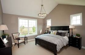 bedroom with black furniture.  bedroom wall paint colors with dark furniture in bedroom black