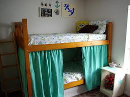 Image of: Picture of Toddler Bed With Curtain