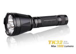 <b>Fenix TK35 2018</b>: две разные модели <b>фонаря</b> одного года выпуска